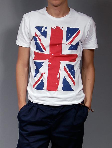 Пожалуй главный символ Британии - Union Jack, британский флаг.
